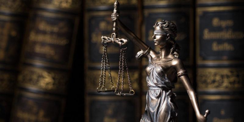 Legislación - Leyes - Constitución