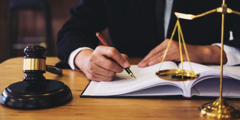 Legislación - Ley - Constitución