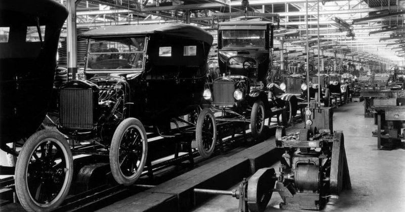 historia de la industria - automóvil antiguo