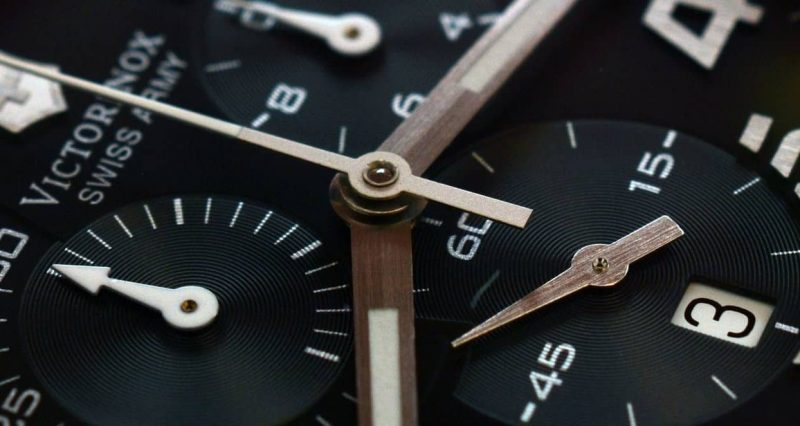 tiempo en fisica - reloj