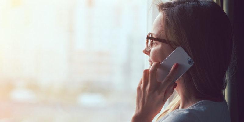 Comunicación auditiva - teléfono
