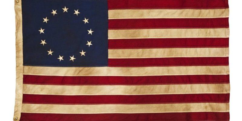 trece colonias estados unidos historia bandera