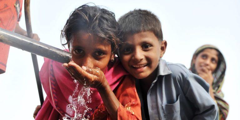 necesidades basicas agua potable