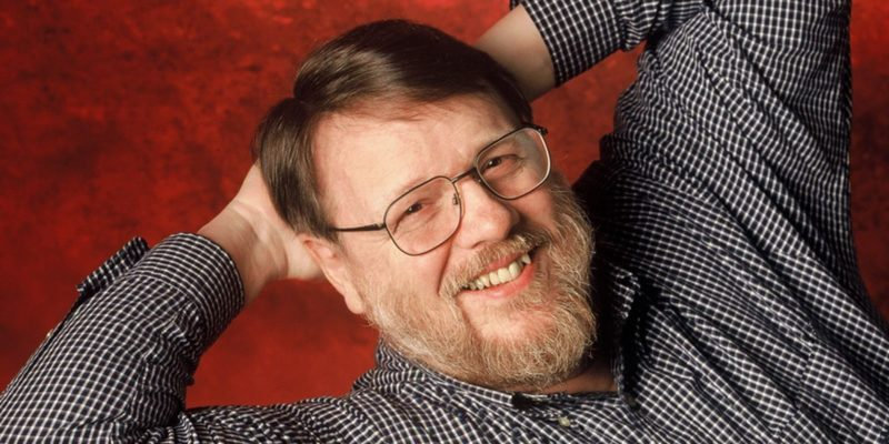 ray-tomlinson-inventor-del-email-correo electronico