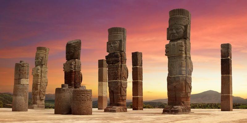 cultura tolteca atlantes
