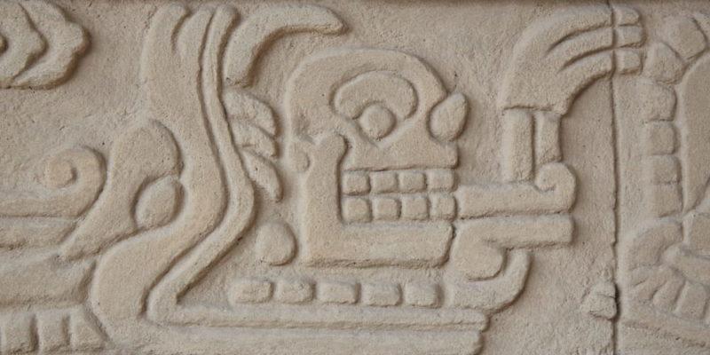 cultura tolteca relieve