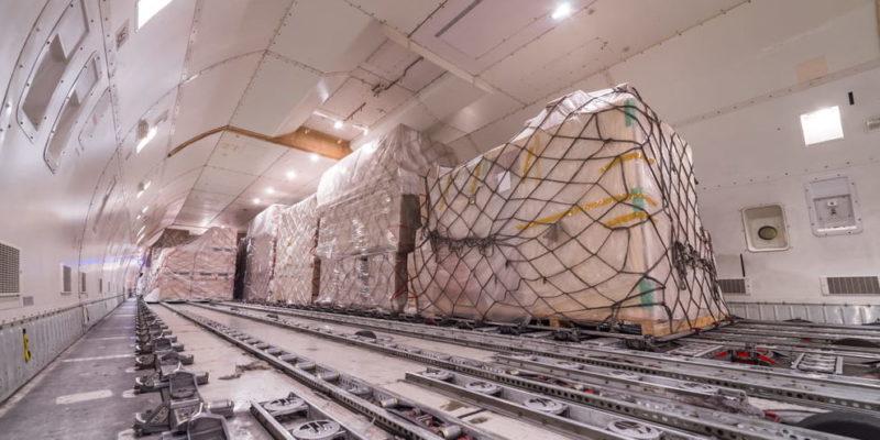 transporte aereo avion de carga