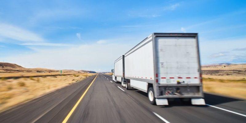transporte de carga terrestre camion