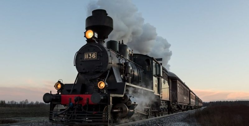 transporte ferroviario tren historia maquina de vapor