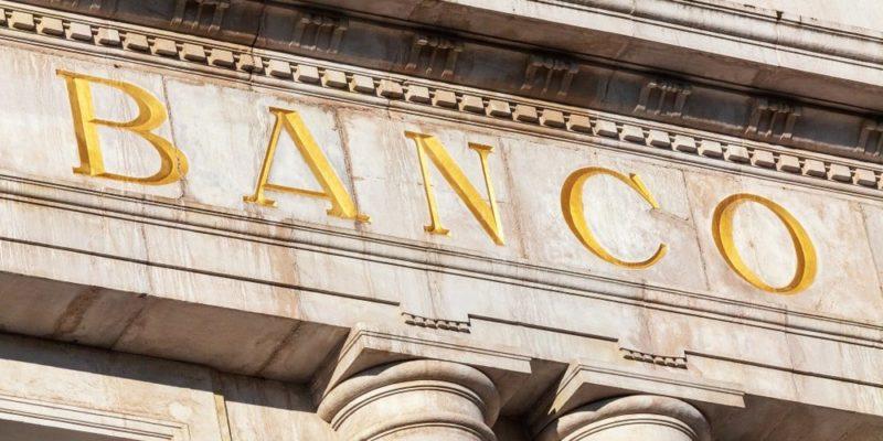 sustantivo comun lugar banco