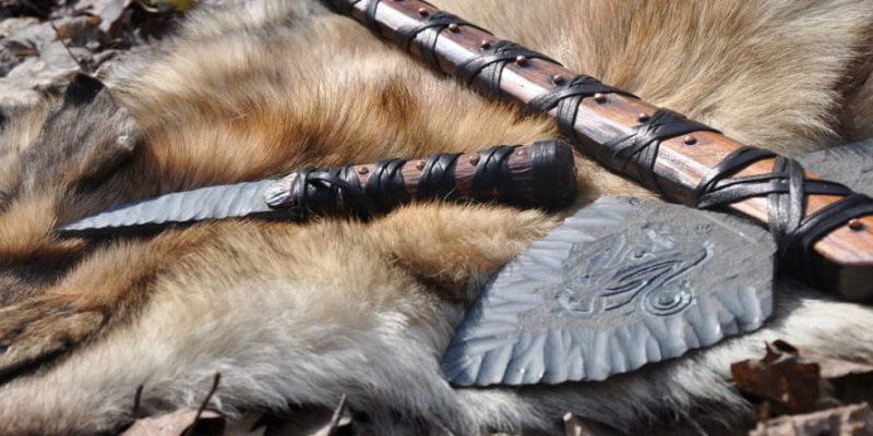 edad de piedra herramientas cuero madera materiales