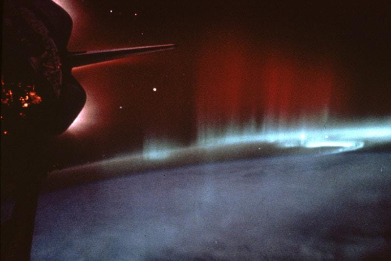 aurora boreal-telescopio hubble