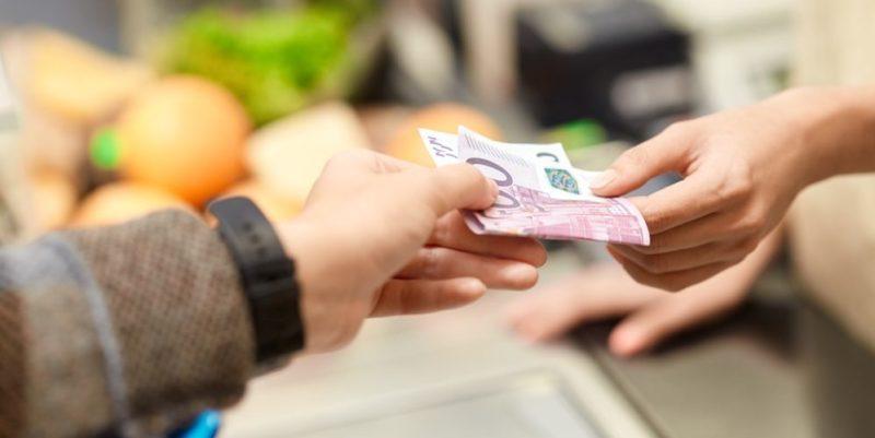 recursos financieros ejemplos dinero